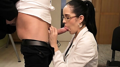 The best American pornstar Laura Lion demonstrates her unrepeatable sexy forms and plays with little dildo. She sucks it and then use for deep vaginal