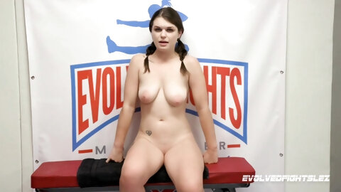 Pretty Young Teen Fucked Very Rough - HookupHotshot